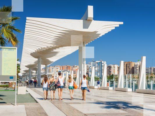 El Paseo de Málaga es perfecto para relajarse.