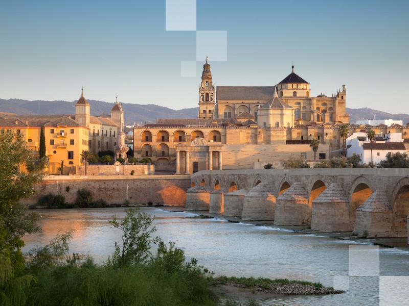 Cuando estás en Córdoba tienes que visitar la mezquita.