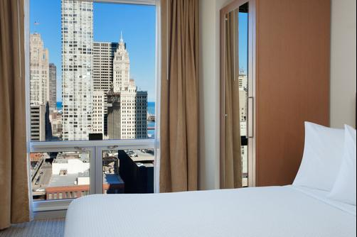 SpringHill Suites by Marriott Chicago Downtown River North - Chicago - Habitación doble
