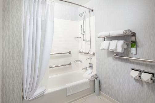 SpringHill Suites by Marriott Chicago Downtown River North - Chicago - Baño